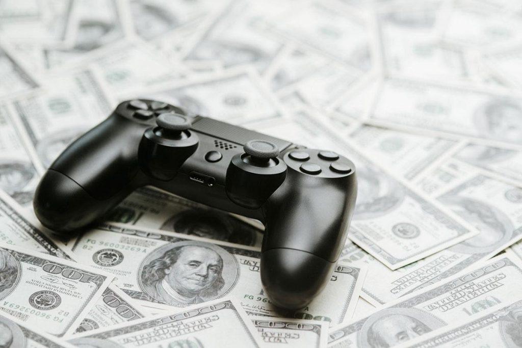 Khi chơi game không còn là một thú vui giải trí đơn thuần, chơi game kiếm tiền